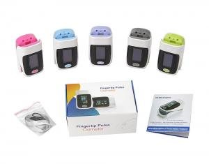 China Light Weight Finger Pulse Oximeter For Babies And Adlut Blood Oxygen Monitoring on sale
