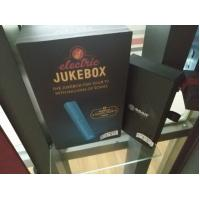 China Recyclable Clothing Gift Boxes , Cardboard Box Gift Packaging For Wine / Champagne on sale