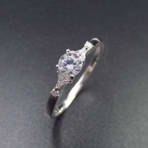 China Elegant 925 Silver Jewelry Sterling Silver Cubic Zirconia Wedding Ring Sets on sale