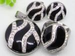 China Black Murano Glass with Rhinestone Stainless Steel jewelry set 1900214   wholesale