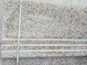 China Popular Rusty Beige Granite Products,G682 Granite Stairs, Stairs Case, Riser Tiles on sale