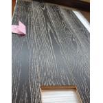 灰の木製のフロアーリング