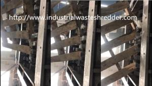 China Waste Pallet Four Shaft Shredder Wear Resistance Stable Working Large Capacity on sale