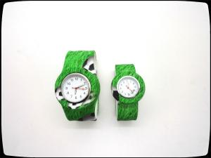 China silicone material slap watch,new design silicone watch on sale
