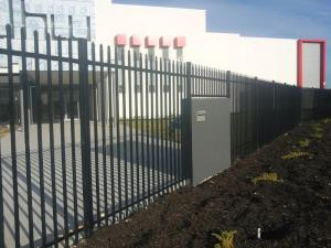China Spear Top Metal Fencing | Steel Picket | China Metal Fence Supplier 1800mm*2400mm width tubular steel garrison fence on sale