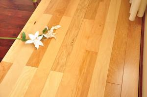 China thickness of top layer 0.6mm, 2mm, high-quality timber Engineered wooden flooring sale  on sale