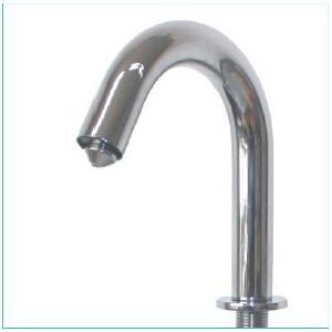 China Robinet automatique de salle de bains de Touchless de robinet de capteur de distributeur de savon de mousse on sale
