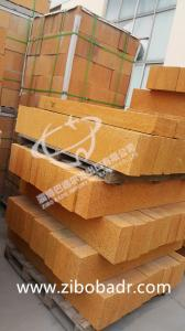 China Heat Resistant Kiln Refractory Bricks Al2O3 30% - 65% , Low Bulk Density Fireclay Brick on sale