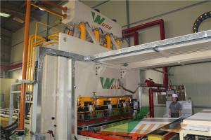 China Single Layer Short Cycle Lamination Line Hot Press For HDF MDF PB Board Laminating on sale