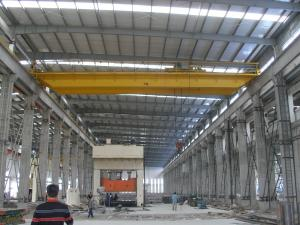 China QD20t-22m Double Girder Overhead Cranes Travelling with Sturdy Cylindrical Motors on sale
