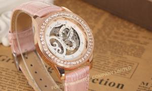 China Analog Large Face Womens Wrist Watches Leather  Pink Fashion Hand Wind Mechanical Wrist Watch on sale