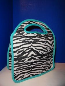 China Zebra-stripe Travel Neoprene Lunch Tote With Aqua Gusseted Sides , Lady Use on sale