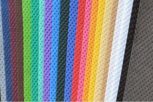 China Black Non Woven Fabric / Disposable Fabric Material 1.6m 2.4m 3.2m Width SGS Approved on sale