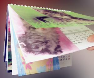 China 2015 custom spiral binding 3d table calendar with notepad on sale