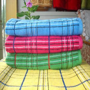 China 100%Cotton Yarn Dyed Small Bath Towels High Quality on sale