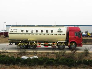 China 8x4 , 371 Hp Chemical Tanker Truck / Liquid Tank Truck 30cbm Volume on sale