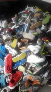 China Used Shoes/second hand shoes for Africa importer on sale