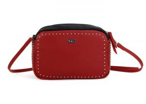 China Classical Red Ladies Cross Body Bags , Medium Sized Cute Crossbody Purses For Daily on sale