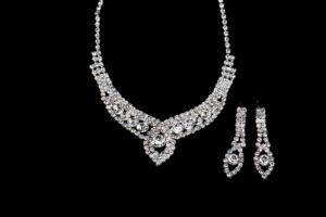 China Wholesale African Style Crystal Bridal Necklace Earring Sets 2013 Hot Selling Bridal Necklace Set for Wedding NG409-001 on sale
