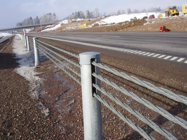 Galvanized Wire Rope FLEX FENCE,Road Side or Median Safety ...