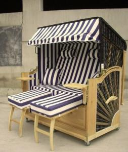 double seat roofed wicker beach chair strandkorb with wood and rh outdoorrattanfurniture sell everychina com