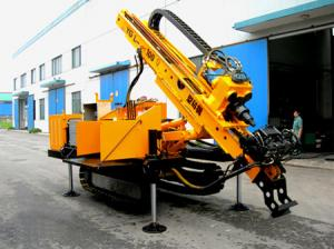 China Long Feeding Stroke Engineering Drilling Rig , Full Hydraulic Crawler Drilling rig on sale