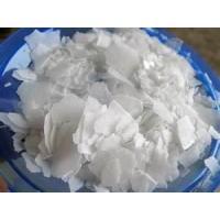 China La soda cáustica forma escamas no. de CAS: 1310-73-2 para el jabón y el detergente (informe del SGS o de CIQ) on sale