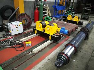 China Conventional Welding Rotator Small Diameter Shaft Welding Rollers With Steel Wheels on sale
