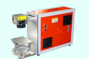 China Hotsell Ezcad Software 2D or 3D 1064um Raycus 10W 20W 30W 50W Fiber Laser Marking Machine on sale
