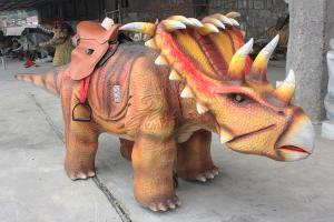 China Interactive Robotic Walking Triceratops Dinosaur Rides For Playground on sale
