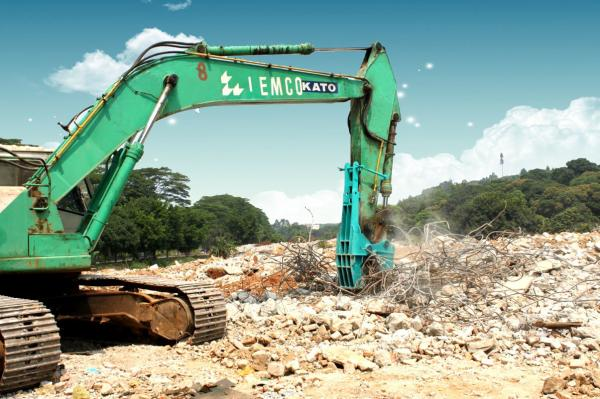 Excavator attachment demolition tools small rock crusher distribut