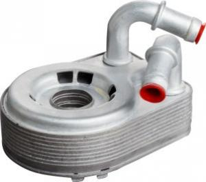 China CR3E-6A642-AB Oil Cooler For Ford Mustang GT 302 Coyote 5.0 on sale