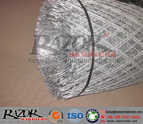Mining Perimeter Protective Fence/Razor Wire Mesh Fencing for sale ...