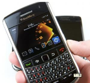 China Brand new blackberry Tour 9630 3G Wifi mobile with microUSB v2.0 on sale
