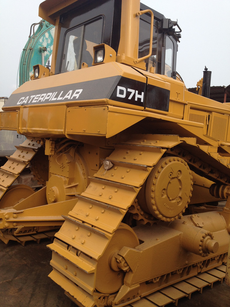 Used CAT D7H bulldozer with ripper , used CAT D7H dozer on