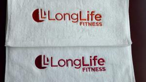 China Lowest price small MOQ 100%cotton custom logo embroidered/printed gym towel on sale