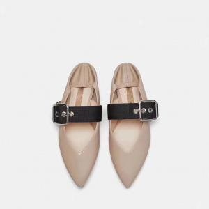 China Nude flat shoes for Women metal buckle Pointed Toes Shoes Ballet Flats 2018 Autumn casual shoes on sale