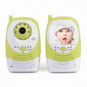 China 2.4g 3.5inch LCD screen digital baby monitor with two way talk, baby video monitor with 30m transmission on sale