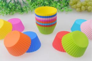 China Food-Grade Round Silicone Muffin Cupcake Molds Baking Tool Nontoxic on sale