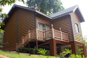 China Anti Deformation WPC House With Non - Toxic wood composite material on sale