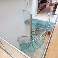 Indoor Modern Design glass spiral staircase with stainless steel balustrade