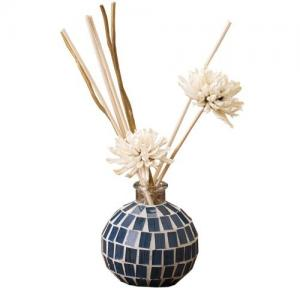 China Luxury Glass Tiles Home Fragrance Reed Diffuser Plant Essential Oils For Gift on sale