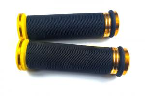 China Aluminium Alloy Rubber Aftermarket Motorcycle Hand Grips Replacement B647 65 on sale