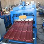 China Customized color low noice glaze tile metal roof roll forming machine wholesale