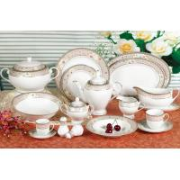 China Waterproof White Ceramic Dinnerware Sets For Commercial Star Restaurant on sale