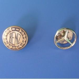 China Zinc Alloy Die Casting Gold / Silver / Nickel Lapel Pin Badge on sale