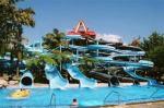 Glissière d'eau en spirale géante adaptée aux besoins du client pour l'équipement de parc de jet d'enfants et d'adultes