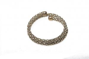 China Gold Plated Bangle Bracelets High Quality  Rhinestone Bangle Bracelet with Wholesale Pirce for Women SR80218-SOLD on sale