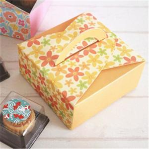 China Customized Take Away Cake Cardboard Boxes Folding With Handle Full Color Printing on sale