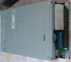 Quality Unité de disquettes de TEAC FD-235HS1211-U SCSI, plus le teac fd-235hf c700-u de for sale